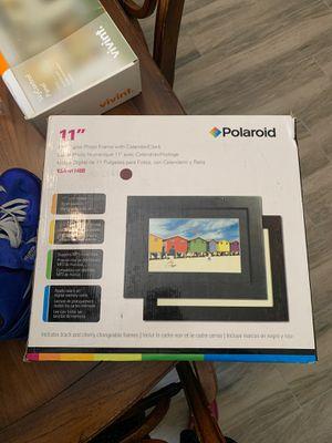 "11"" Polaroid Digital Photo Frame for Sale in Bakersfield, CA"