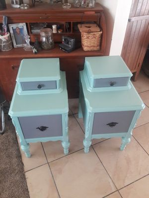 Beautiful nightstand pair for Sale in Buena Park, CA