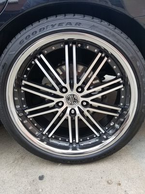 20 inch 2 crave with Goodyear tires for Sale in Huntington Park, CA