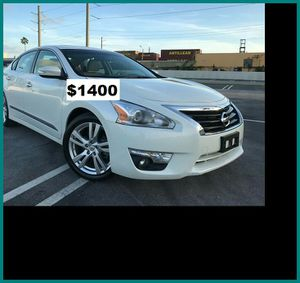 $1400 Nissan Altima for Sale in Frederick, MD