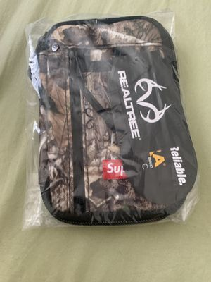 Supreme FW19 Small Pouch Wallet Camo for Sale in Jurupa Valley, CA