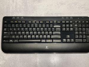 Logitech Wireless Combo MK520 Keyboard (No Mouse) for Sale in Queens, NY