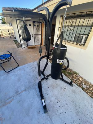 3 in one boxing pro set up brand new Everlast brand for Sale in Miami, FL