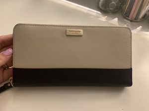 Kate spade wallet for Sale in Irving, TX