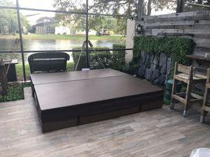 Hot tub cover new for Sale in Miami, FL