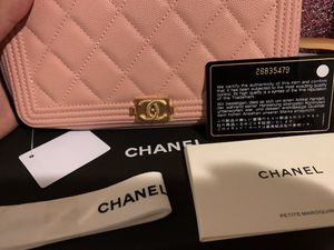Chanel Pink Wallet for Sale in Los Angeles, CA