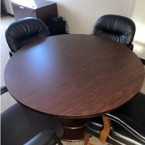 Office table And Chairs for Sale in Plano, TX