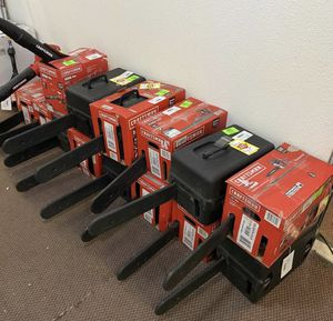 Chainsaw liquidation event!!!! Act fast for Sale in Austin, TX