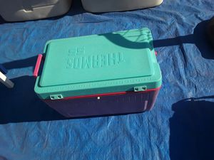 ice chest for Sale in Fresno, CA