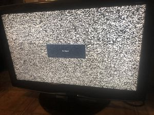 32 inch v.zon lcd tv with stand for Sale in Brooklyn, NY