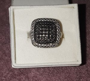 Kay Jewelers Ring size 6 for Sale in Indianapolis, IN