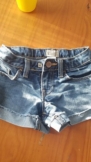 Gap shorts size 5t for Sale in South Gate, CA