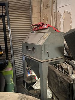 Sand Blaster Cabinet for Sale in Pomona,  CA