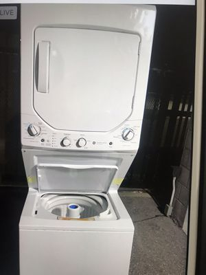 """Washer and dryer ge like new 24"""" for Sale in West Palm Beach, FL"""