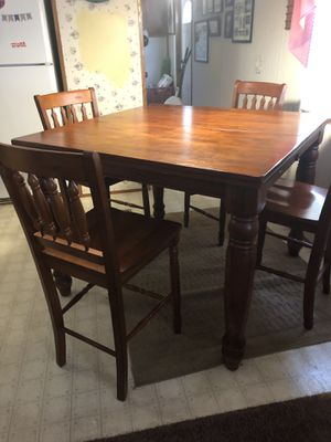 High Top Dining Table for Sale in Lake Wales, FL