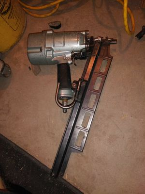 REPARACION DE HITACHI NAIL GUNS for Sale in North Las Vegas, NV