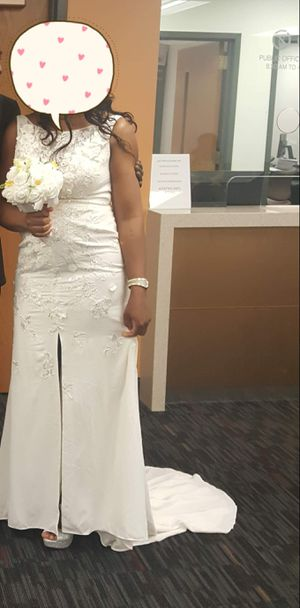 Wedding dress size 12 for Sale in Germantown, MD