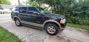 Ford explorer eddie bawer 2002 4x4 for Sale in Aurora, IL