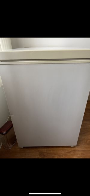 Black & Decker freezer for Sale in Revere, MA