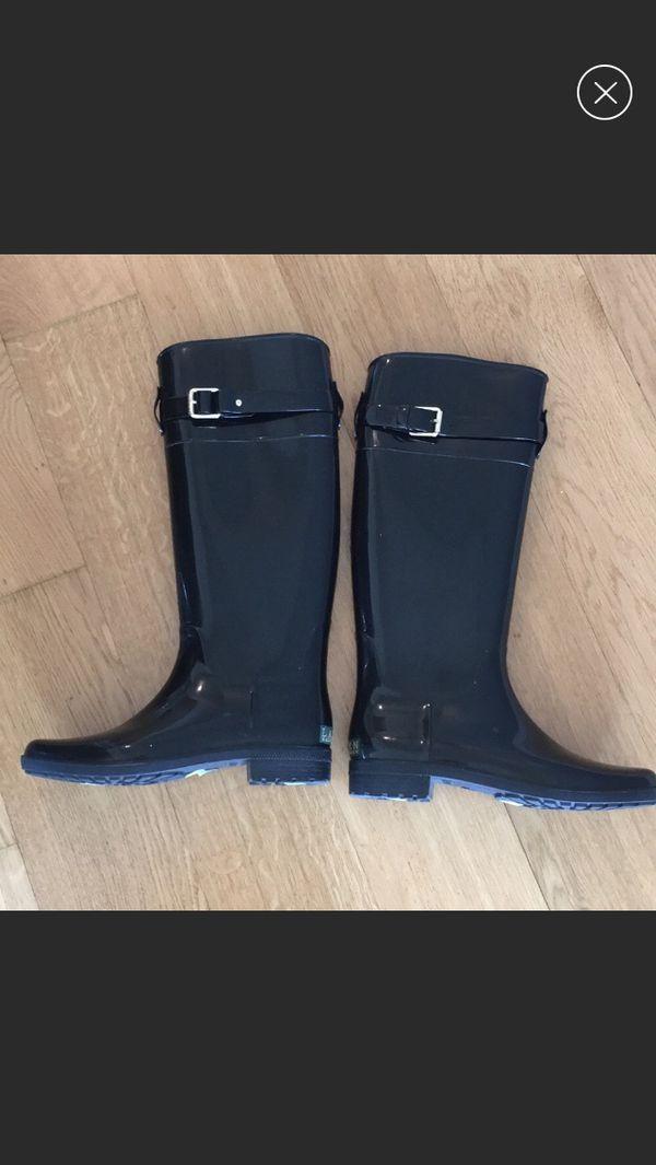 Lauren Ralph Lauren tall shiny rain boots. Size 8
