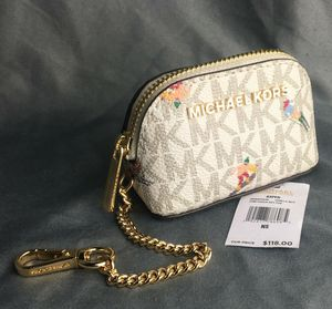 Michael Kors change purse for Sale in North Highlands, CA