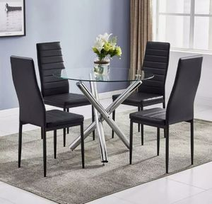 New 5pcs dining room table set for Sale in Fort Lauderdale, FL