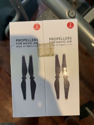 Mavic air propellers and charger for Sale in Deerfield Beach, FL