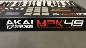 MPK49 pro midi controller MUST SELL for Sale in Los Angeles, CA