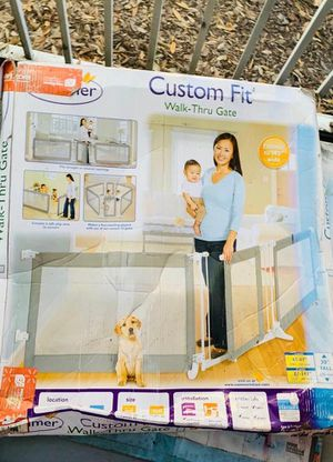 """Summer Custom Fit Walk-Thru Extra Wide Baby Gate, Stylish Grey Mesh – 30"""" Tall, Fits Openings up 65"""" – 87"""" (2 Panels) or 87"""" – 141"""" (3 Panels), Baby for Sale in Tampa, FL"""