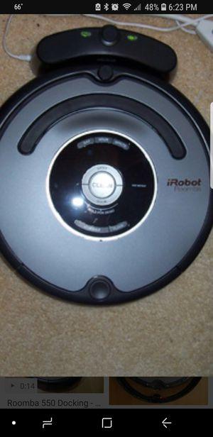 IROBOT ROOMBA 550 AUTO VACUUM WORKS AMAZING for Sale in Coconut Creek, FL