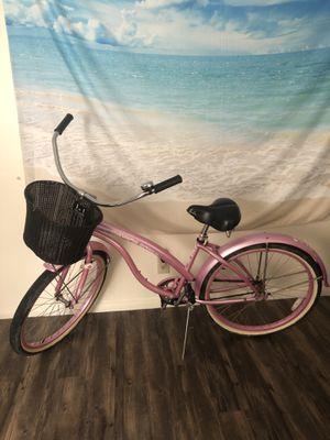 Cute beach cruiser with basket + new bike lock for Sale in San Diego, CA