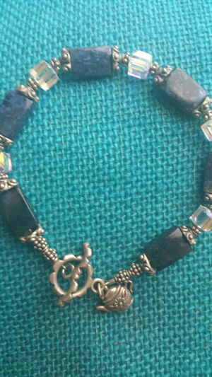 """SILVER & CRYSTAL CUSTOM UNIQUE 8"""" BRACLET for Sale in Lincolnwood, IL"""