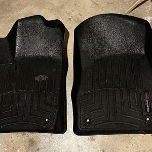 Weather Tech Floor Mats (Grand Cherokee) for Sale in Johnston, RI
