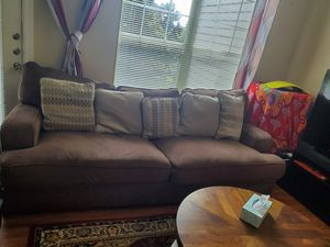 Comfortable sofa set with five pillows for Sale in Spring, TX