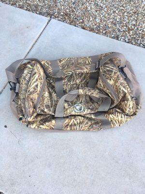 Mack's Prairie Wings KW-1 Duffle Bag for Sale in Surprise, AZ