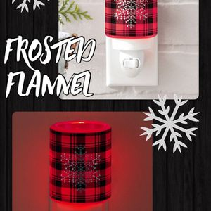 Scentsy Frosted Flannel Mini Warmer for Sale in Alpha, IL