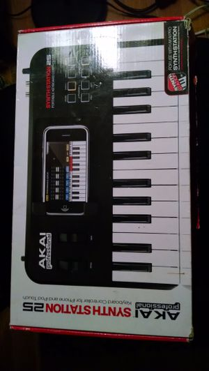 Akai synthstation25 for iPhone/iPod touch for Sale in Dulles, VA