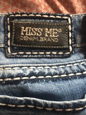 Miss me skinny jeans for Sale in Lakeside, AZ
