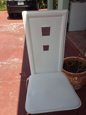 Six dinning chairs. for Sale in Hialeah, FL