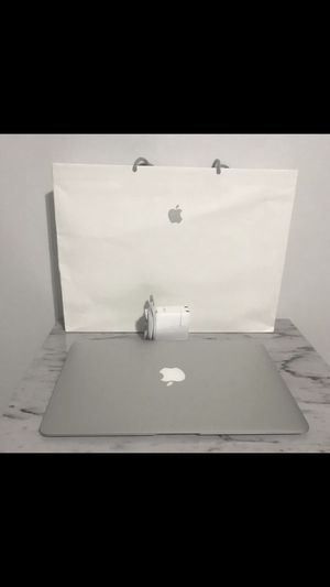 """Like new 2017 MacBook Air 13"""" i5 8GB 128 GB SSD AppleCare + until 9/2/21 warranty - Like new with box and receipt —-5⭐️⭐️⭐️⭐️⭐️ Seller 👀👈 for Sale in Hialeah, FL"""