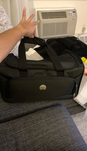Delsey Duffle Bag for Sale in The Bronx, NY