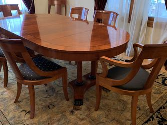 Dining Room Set : Table / 8 Chairs/ Side Board / Console for Sale in Portland,  OR