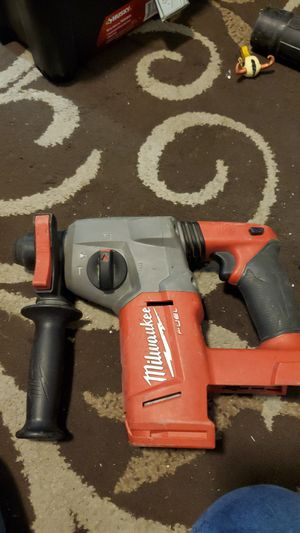 Milwaukee FUEL SDS rotary hammer for Sale in Bakersfield, CA