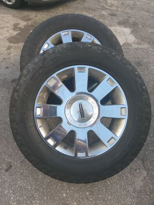 "18"" Aluminum Lincoln Navigator wheels an Tires for Sale in West Palm Beach, FL"