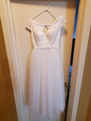 Size 4 wedding dress for Sale in Modesto, CA