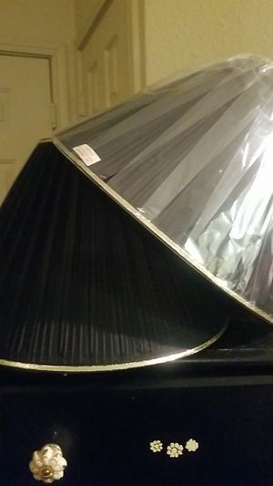 Set if black lamp shades like new for Sale in Converse, TX