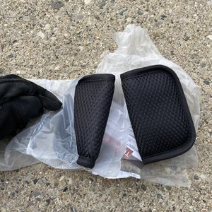 Baby Car seat Strap Cover for Sale in Troy, MI