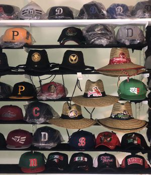 Mixed hats and straw hats ... straw hats 20.00 hats 10.00 for Sale in Rancho Cucamonga, CA