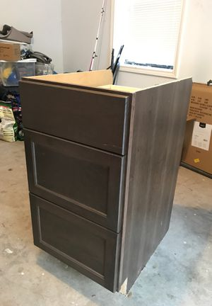 "Kitchen cabinet base 3 drawer 18"" wide for Sale in Spring, TX"