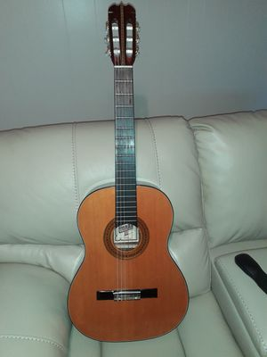 Classical guitar for Sale in Angier, NC